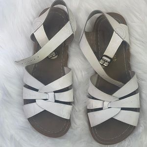 Saltwater classic Sandals by Hoy White Size 5